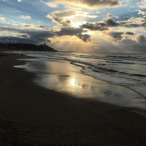 Coucher de soleil sur la plage de Jaffa