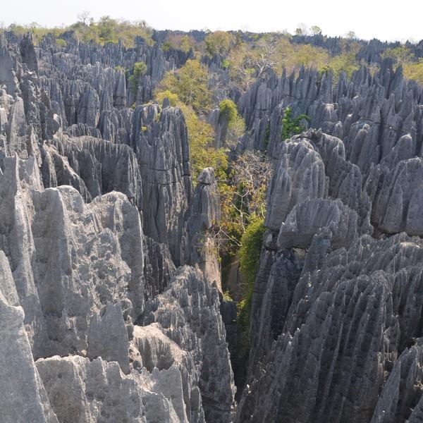 Das Bild zeigt eine Felsenlandschaft.