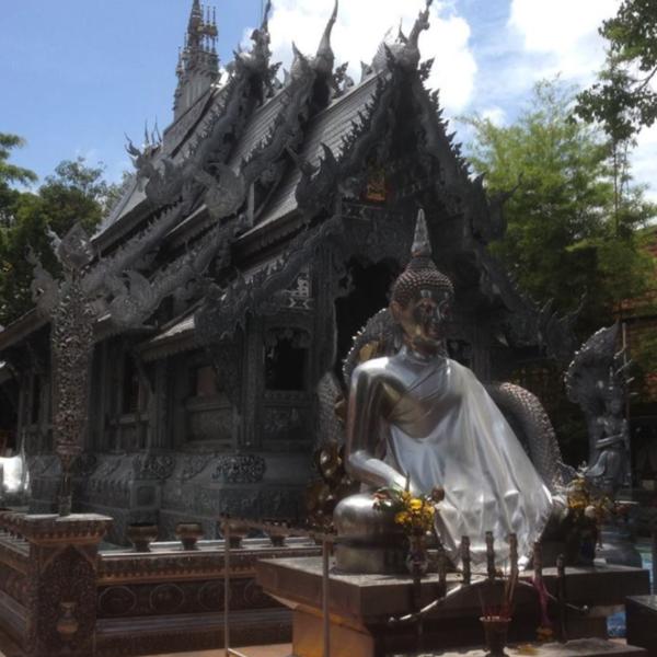 Le Wat Sri Suphan (Temple d'argent) à Chiang Maï