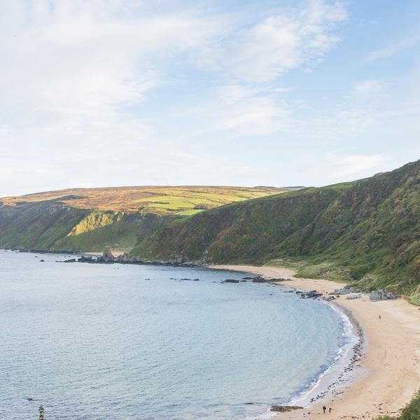 Plage et falaises de la péninsule d'Inishowen