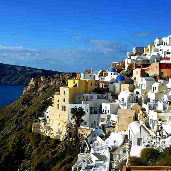 Les maisons blanches du village d'Oia