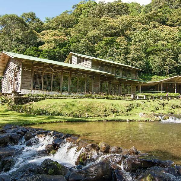 Forest cabin Costa Rica