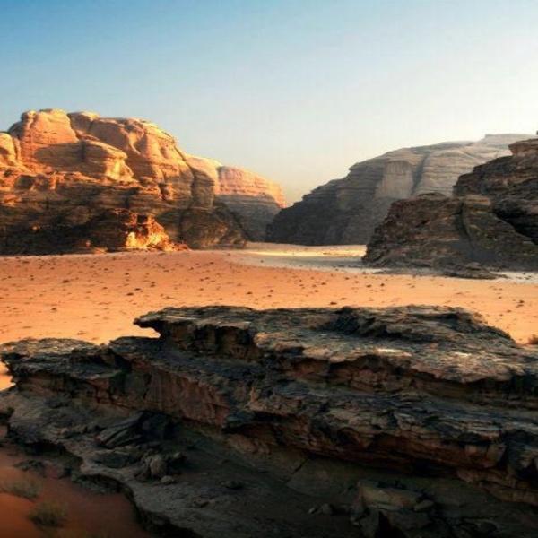 Desert of the Moon Wadi Rum
