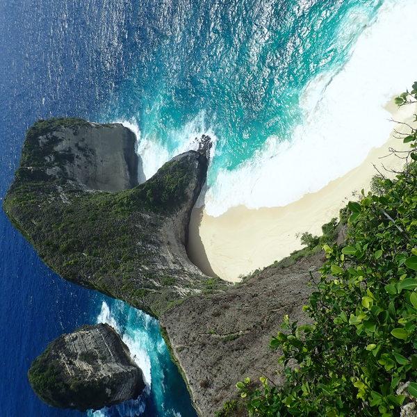 Magnifique plage en bord de mer
