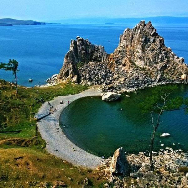 Einmal am Baikal-Ufer abseits des Massentourismus wandern gehen – die Natur dort ist so majestätisch und herzergreifend, dass man sich als absoluter Bestandteil davon empfindet und richtige innere Harmonie spürt